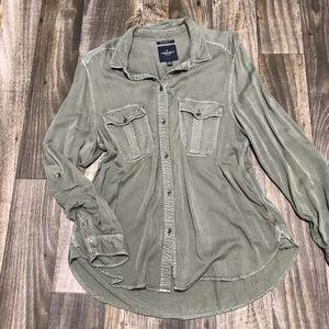 American Eagle Boyfriend Fit Button Down Shirt -XL